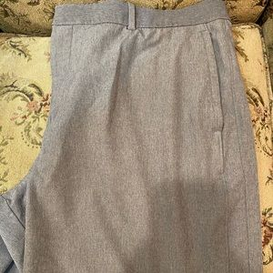 Men's golf shorts size 38